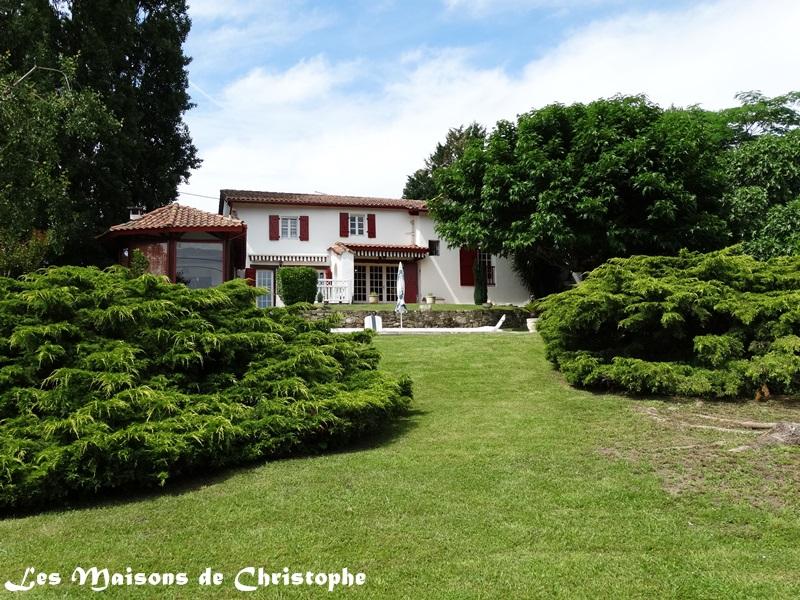 Vente maison villa mouguerre 64990 for Vente de maison atypique